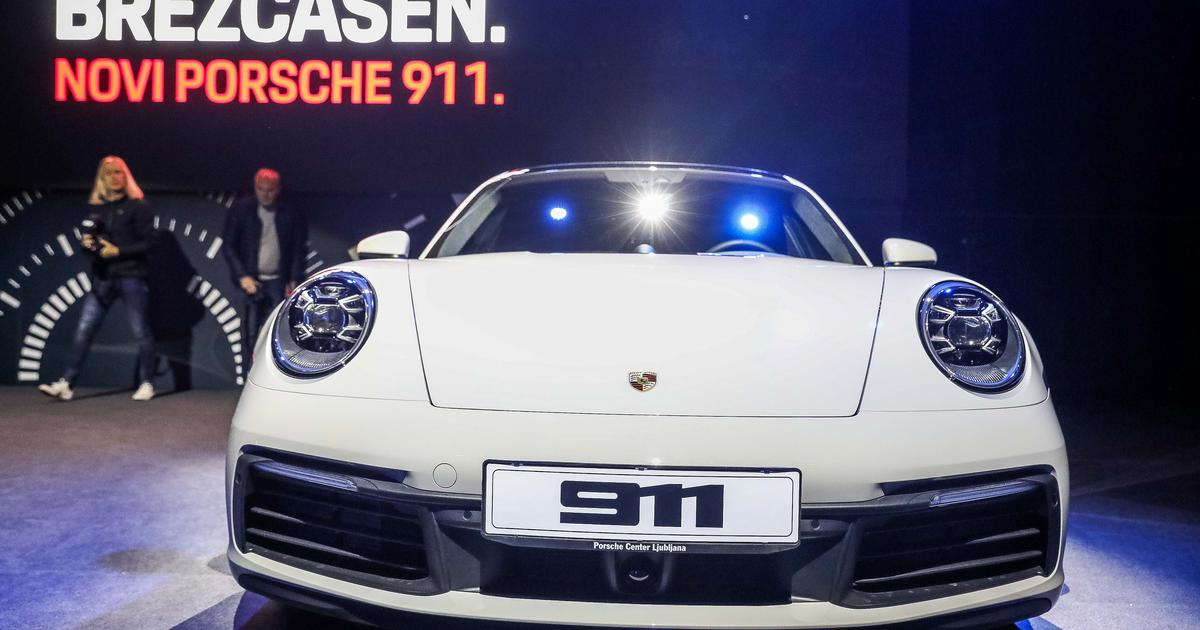 f84203f4bf The new Porsche 911 is in Slovenia. And that s the price of it … – Afaae