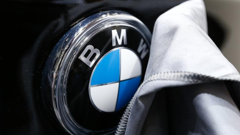BMW logotip