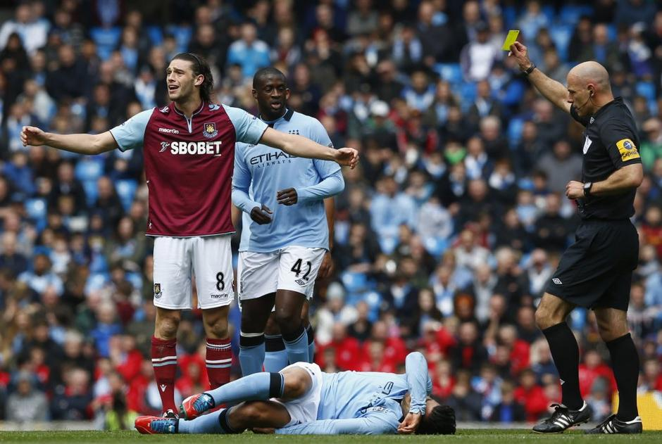 manchester city west ham carroll toure | Avtor: Reuters