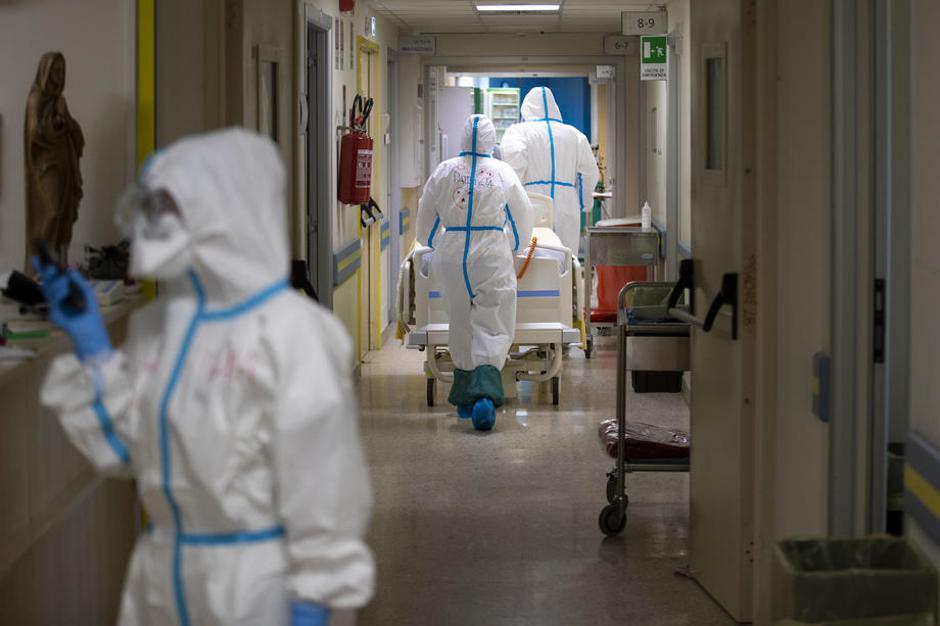 Covid-19 v bolnišnici | Avtor: Epa