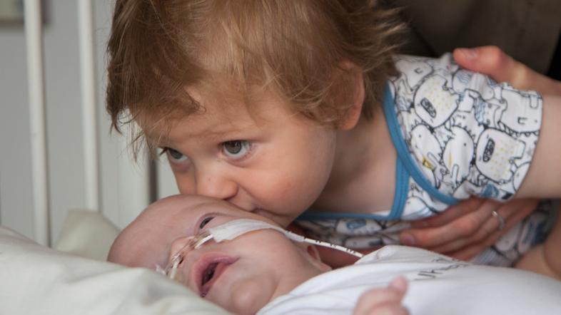 Otrok v bolnišnici