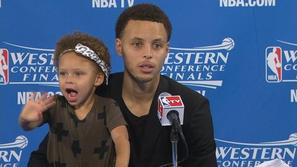 Riley Curry Stephen Curry Golden State Warriors