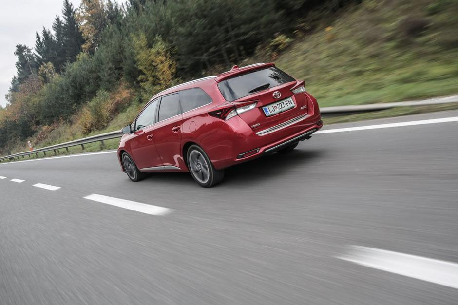 Toyota Auris touring sports | Avtor: Saša Despot