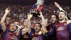 superpokal barcelona premagala real madrid 2011