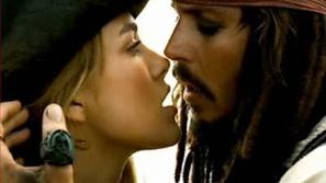 Pirati s Karibov (Keira Knightley in Johnny Depp)
