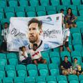 messi tribuna