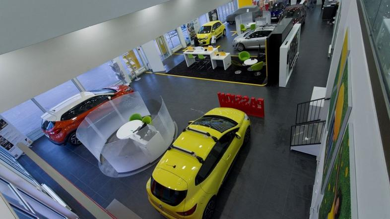 Renault store
