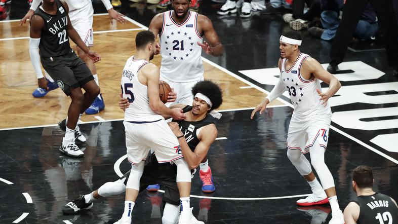 Brooklyn Nets : Philadelphia 76ers