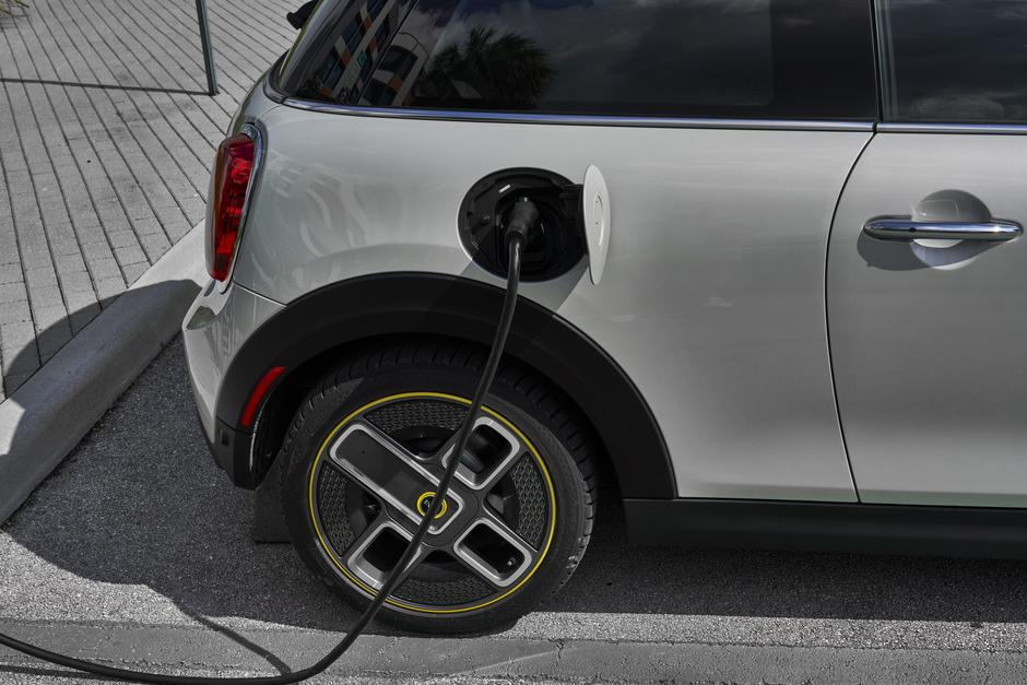 MINI SE electric | Avtor: MINI