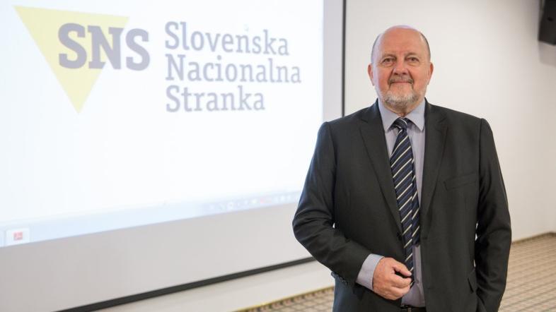Slovenca oteli doktori  & inženejri  358fe5ea21b38382b02f